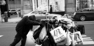 Краткая заметка о бездомных людях киев