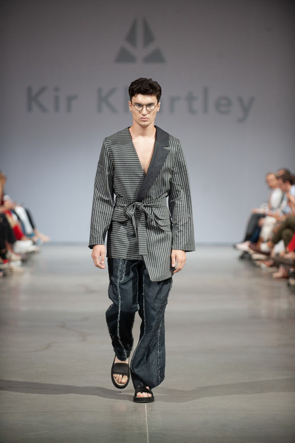 ufw_ss2019_pokaz_kir_khartley_12